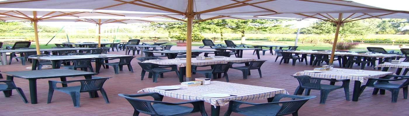 vista tavoli della veranda